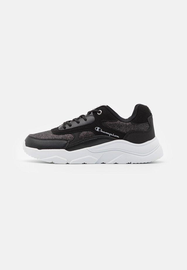 LOW CUT SHOE - Sports shoes - new black