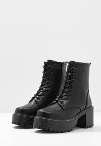 Koi Footwear - VEGAN DL3 - Platform ankle boots - black - 4