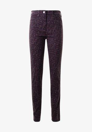 BELOVED GRAPHIC PRINT - Trousers - darkberry
