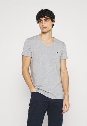 STRETCH V NECK TEE - T-shirt - bas - medium grey heather