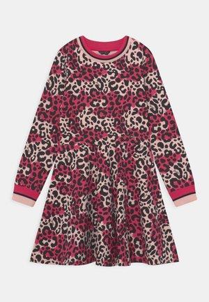 JUNIOR STRETCH DRESS - Vestito estivo - pink