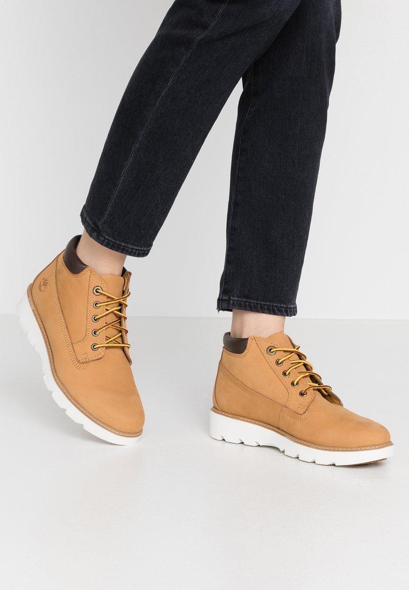 Timberland - KEELEY FIELD NELLIE - Sneaker high - wheat