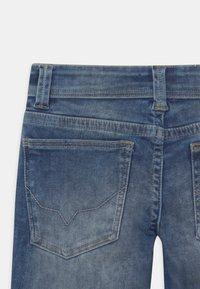 Pepe Jeans - TRACKER - Short en jean - blue denim - 3