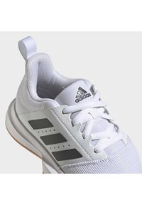 adidas Performance - ESSENCE INDOOR SHOES - Carpet court tennis shoes - white - 10