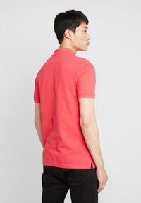Lyle & Scott - Polo shirt - geranium pink - 2