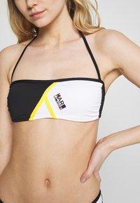 KARL LAGERFELD - BICOLOR TOP - Bikini top - black - 4