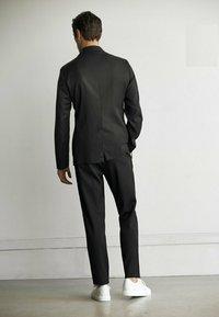 Massimo Dutti - Trousers - light grey - 2