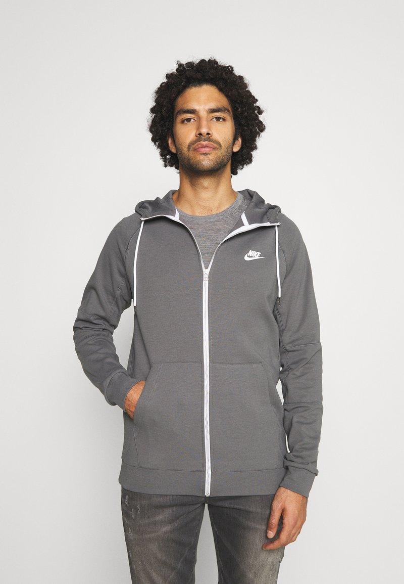 Nike Sportswear - Sudadera con cremallera - iron grey/ice silver/white/