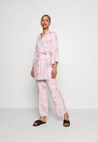Etam - NOLIA PANTALON - Pantaloni del pigiama - rose - 1