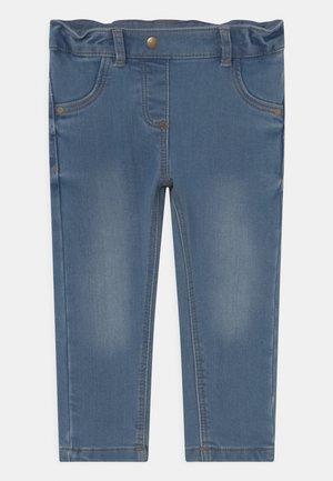 BABY UNISEX - Slim fit jeans - light denim