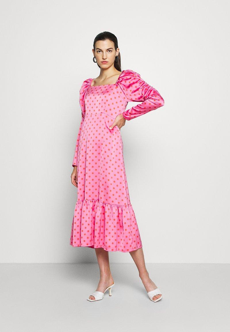 Cras - PILCRAS DRESS - Vapaa-ajan mekko - pink