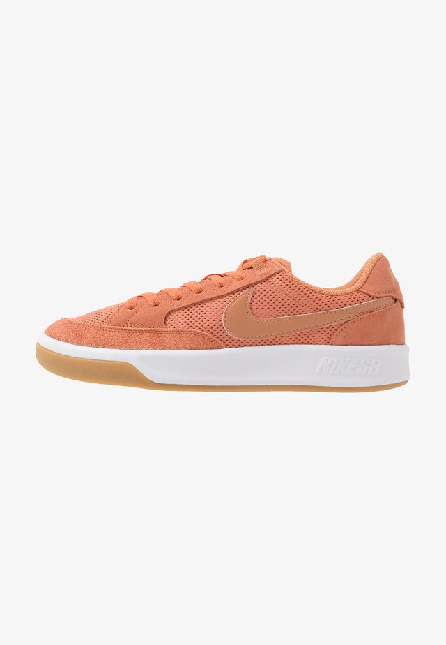 ADVERSARY UNISEX - Skate shoes - healing orange/amber brown/white/light brown/black