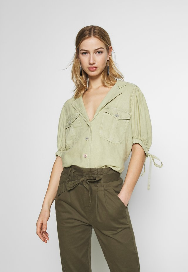 SAFARI BABE  - Button-down blouse - green