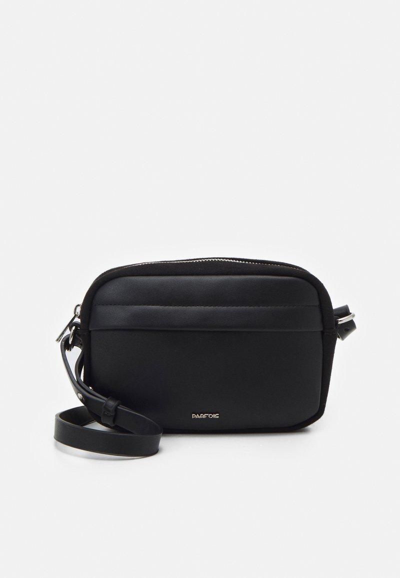 PARFOIS - CROSSBODY BAG CLARITY - Across body bag - black