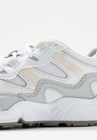 New Balance - WL850 - Sneakers - white - 2