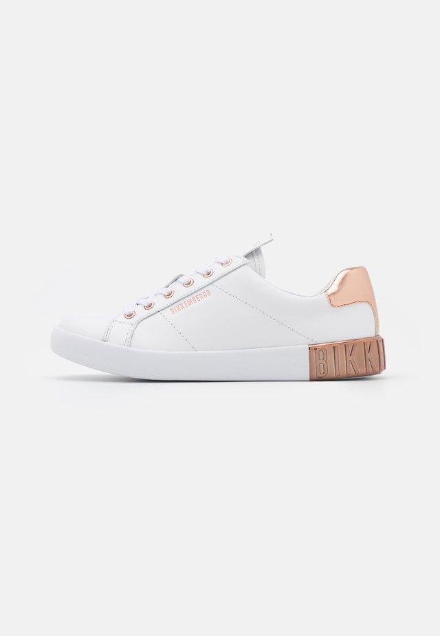 SHEBA - Sneakersy niskie - white/rose gold
