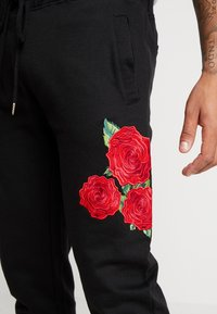 Brave Soul - AVIOR - Pantalones deportivos - black - 4
