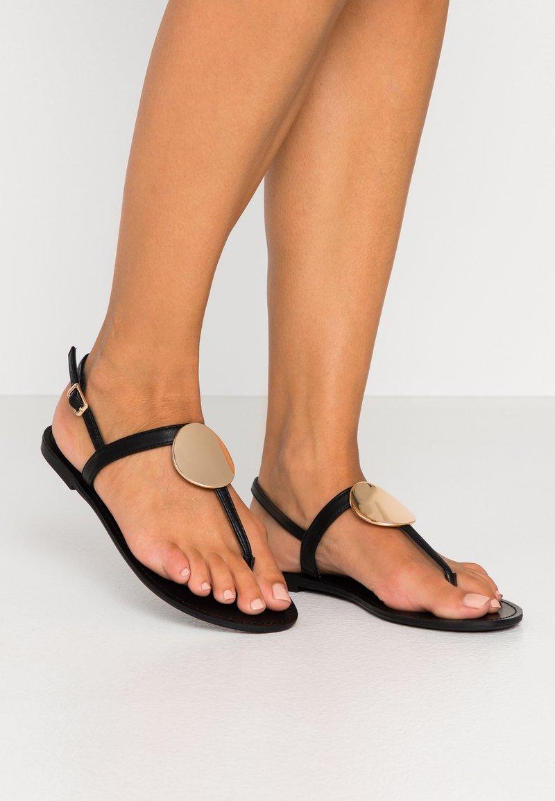 PARFOIS - Sandály s odděleným palcem - black