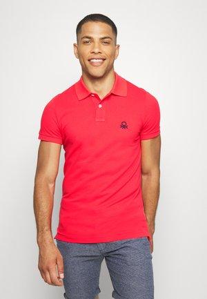 SLIM - Polo shirt - red