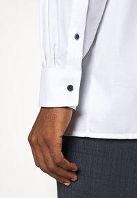 OLYMP Luxor - LUXOR  - Finskjorte - white - 3