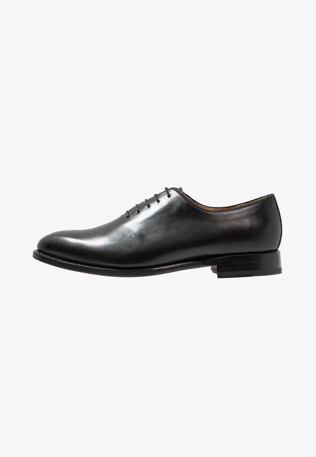 ARMAND - Zapatos con cordones - orleans black