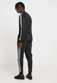 adidas Originals - 3 STRIPES UNISEX - Långärmad tröja - black - 2