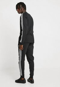 adidas Originals - 3 STRIPES UNISEX - Long sleeved top - black - 2