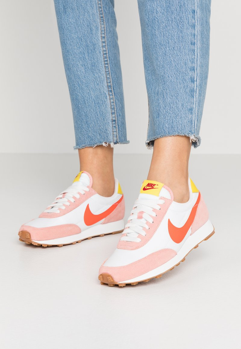 Nike Sportswear - DAYBREAK - Trainers - coral stardust/team orange/summit white/chrome yellow/med brown/gym red
