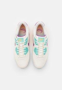 Nike Golf - US OPEN AIR MAX 90 G NRG U21 - Zapatos de golf - sail/purple/melon tint - 3