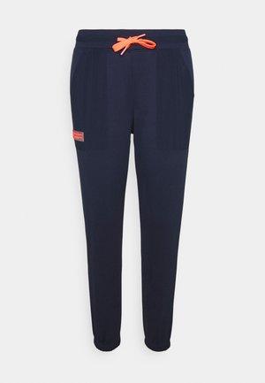 MIXED MEDIA PANT - Pantalones deportivos - blue