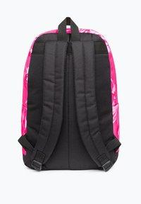 Ones Supply Co. - Reppu - pink - 1