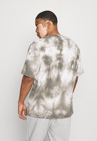 Edwin - SYNERGY - Print T-shirt - frost grey - 2