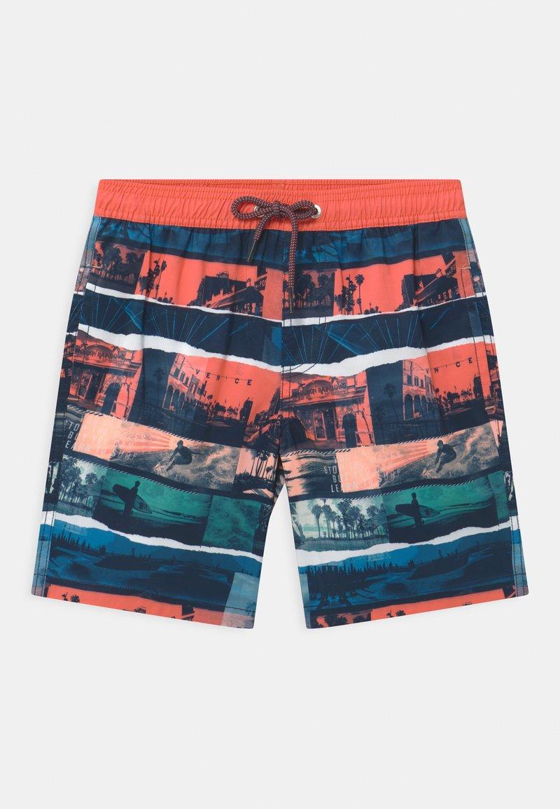 Sanetta - SWIM TRUNKS WOVEN - Swimming shorts - coral