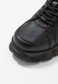 Buffalo - CORIN - Sneaker low - black - 2
