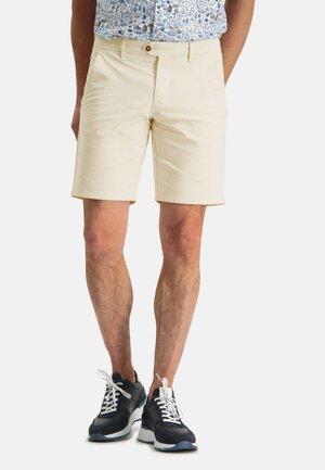 Shorts - cream plain