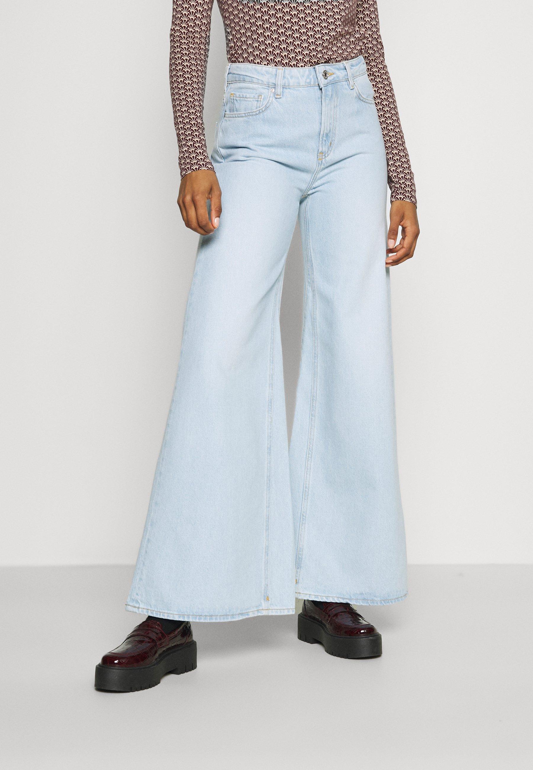 Damer SEASONAL HIGH RISE WIDE LEG - Flared jeans