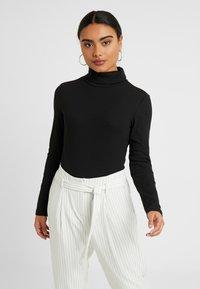 Zign Petite - Long sleeved top - black - 0