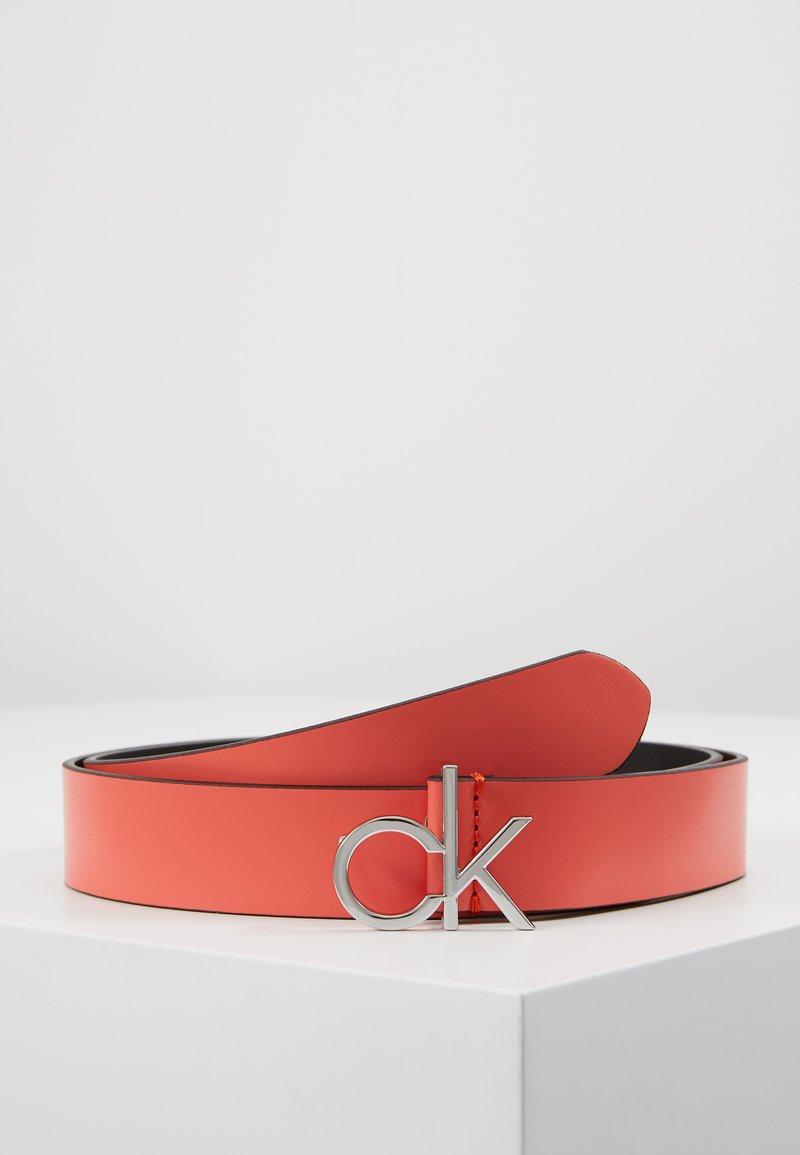 Calvin Klein - RE LOCK LOW  FIXED - Cinturón - red