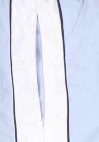 Lyle & Scott - Swimming shorts - pool blue - 3