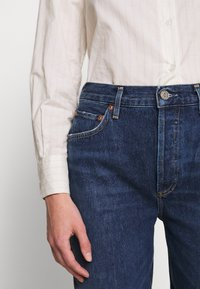 Agolde - REMY - Jeansy Straight Leg - blue denim - 6