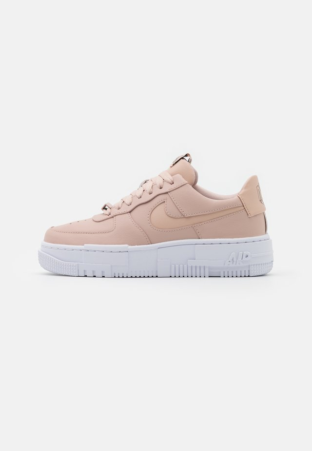 AIR FORCE 1 PIXEL - Sneakers laag - particle beige/black