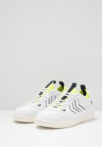 Hummel - POWER PLAY MID  - Trainers - white/safety yellow - 3
