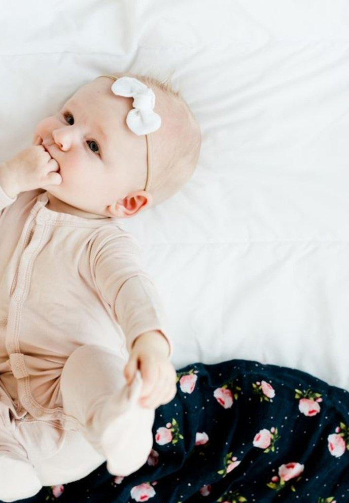 Little Unicorn - Muslin blanket - midnightrose