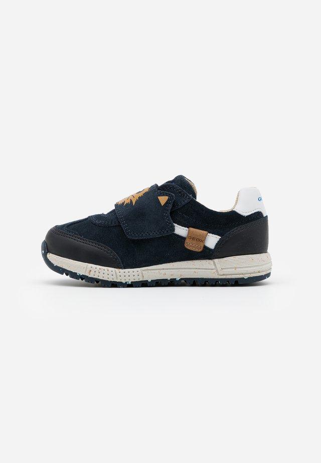 ALBEN BOY - Sneakers laag - navy
