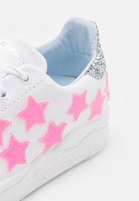 CHIARA FERRAGNI - ROGER STAR - Trainers - pink neon - 6