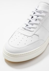 GARMENT PROJECT - LEGEND - Trainers - white - 5