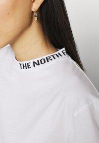 The North Face - ZUMU TEE - Jednoduché triko - white - 5