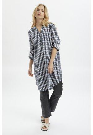 KAMARANA  - Shirt dress - light blue