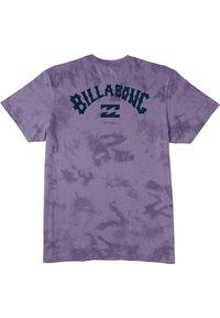 Billabong - ARCH WAVE TIE DYE  - Print T-shirt - purple haze - 1