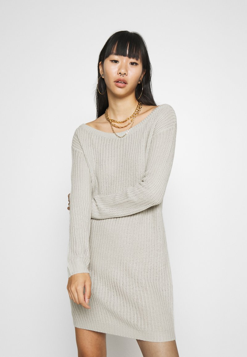 Missguided - AYVAN OFF SHOULDER JUMPER DRESS - Jumper dress - light grey